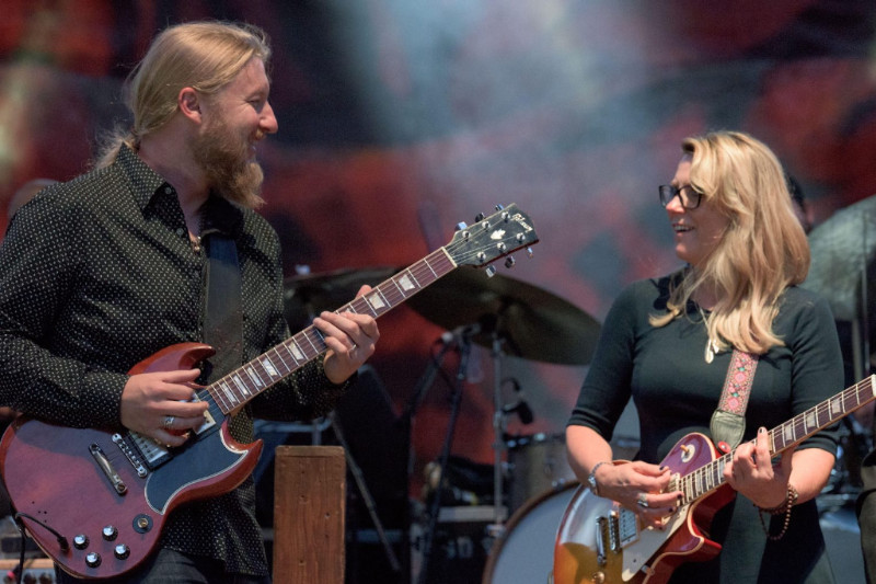 TEDESCHI TRUCKS BAND DELIVERS THE BLUES PASSION